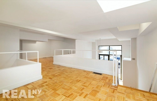 3 Bedrooms, Chelsea Rental in NYC for $8,000 - Photo 1
