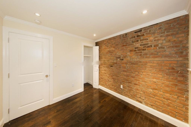 3 Bedrooms, East Village Rental in NYC for $5,083 - Photo 2