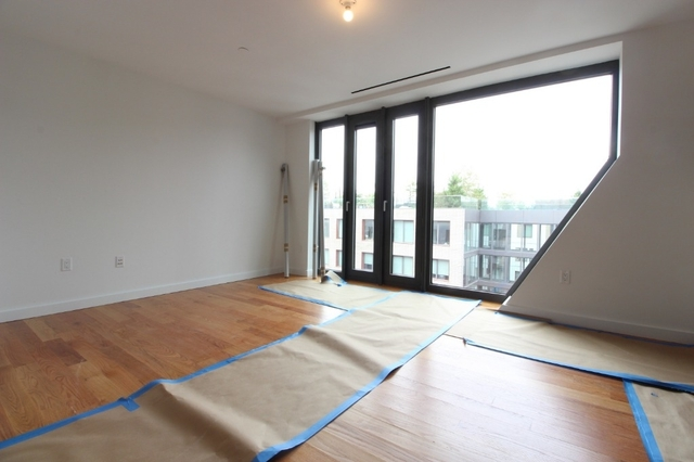 2 Bedrooms, Bushwick Rental in NYC for $4,079 - Photo 1