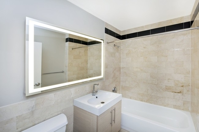 Studio, Financial District Rental in NYC for $2,999 - Photo 2