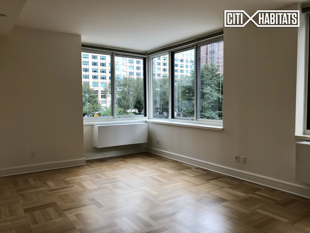 2 Bedrooms, Lincoln Square Rental in NYC for $6,609 - Photo 1