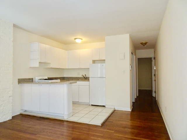 1 Bedroom, Sutton Place Rental in NYC for $2,800 - Photo 2