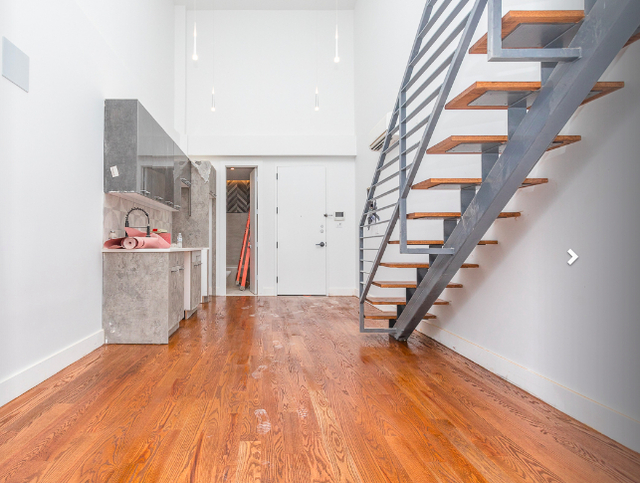 2 Bedrooms, Crown Heights Rental in NYC for $3,055 - Photo 2