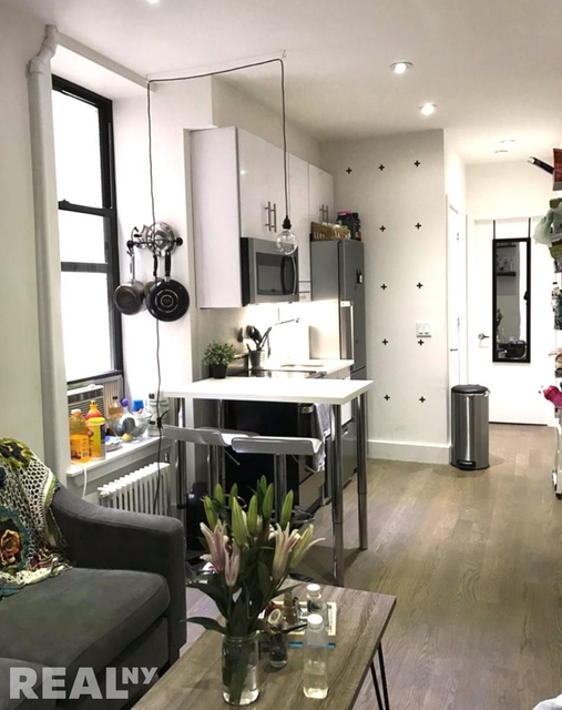3 Bedrooms, Lower East Side Rental in NYC for $4,262 - Photo 2