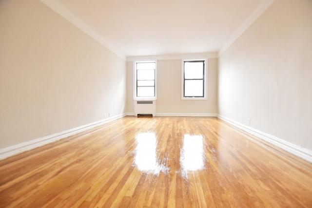 2 Bedrooms, Astoria Rental in NYC for $3,150 - Photo 2
