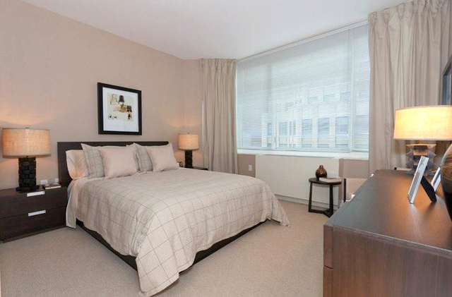 2 Bedrooms, Battery Park City Rental in NYC for $7,195 - Photo 1