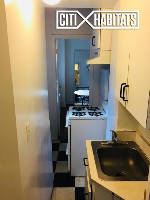 2 Bedrooms, Greenwich Village Rental in NYC for $4,165 - Photo 2