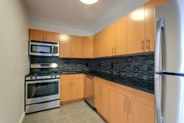 2 Bedrooms, Alphabet City Rental in NYC for $5,200 - Photo 1