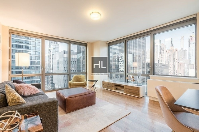 3 Bedrooms, Hell's Kitchen Rental in NYC for $9,799 - Photo 1