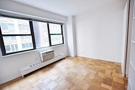 2 Bedrooms, Turtle Bay Rental in NYC for $3,595 - Photo 2
