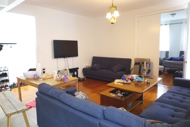 3 Bedrooms, Ditmars Rental in NYC for $2,998 - Photo 1