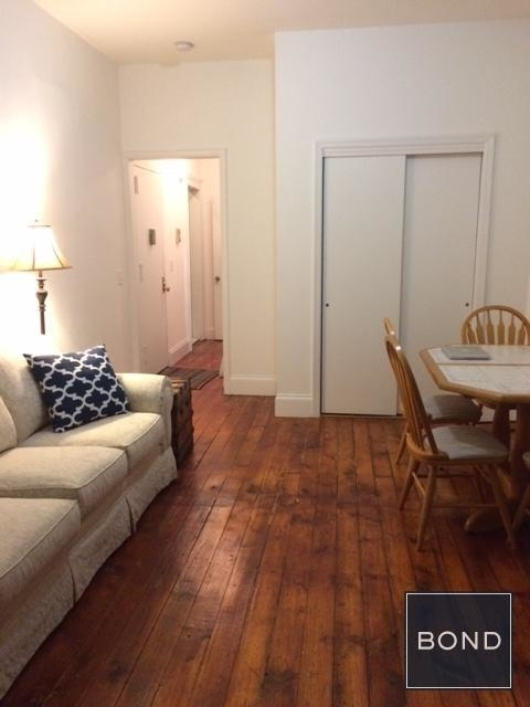 3 Bedrooms, Turtle Bay Rental in NYC for $3,400 - Photo 2