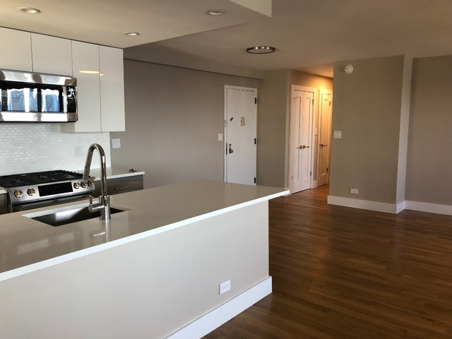 2 Bedrooms, Tribeca Rental in NYC for $4,811 - Photo 2