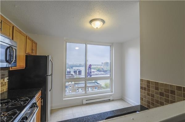 2 Bedrooms, Roosevelt Island Rental in NYC for $3,595 - Photo 2