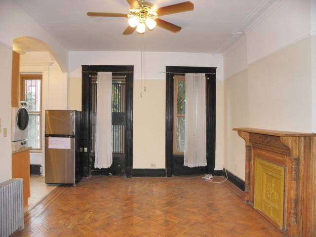 1 Bedroom, Bedford-Stuyvesant Rental in NYC for $2,190 - Photo 2