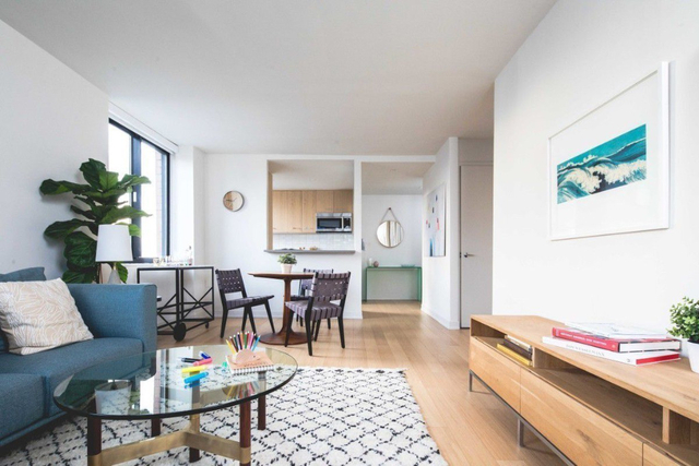 1 Bedroom, Hell's Kitchen Rental in NYC for $5,325 - Photo 1