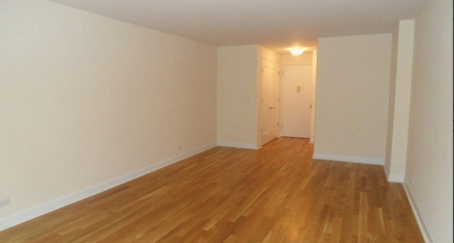 1 Bedroom, Hell's Kitchen Rental in NYC for $3,919 - Photo 2