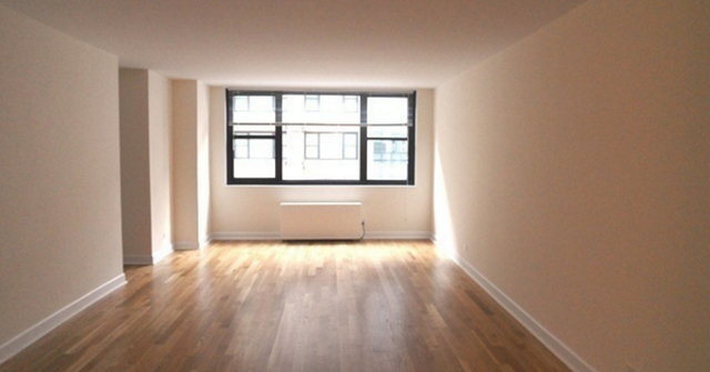 1 Bedroom, Hell's Kitchen Rental in NYC for $3,919 - Photo 1