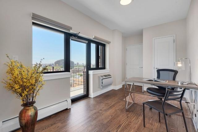 1 Bedroom, Astoria Rental in NYC for $2,330 - Photo 2
