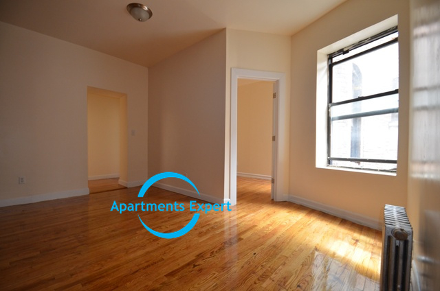 3 Bedrooms, Washington Heights Rental in NYC for $2,850 - Photo 2
