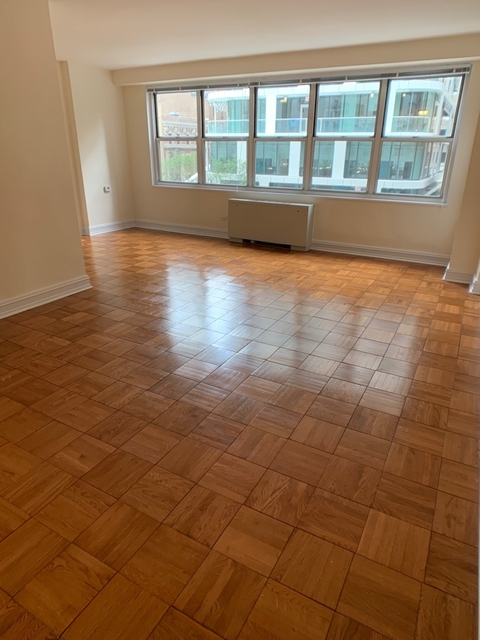 Studio, Theater District Rental in NYC for $2,950 - Photo 2