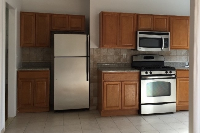 3 Bedrooms, Washington Heights Rental in NYC for $2,895 - Photo 1