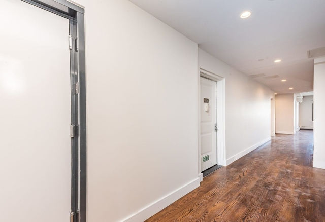 3 Bedrooms, Astoria Rental in NYC for $4,125 - Photo 2