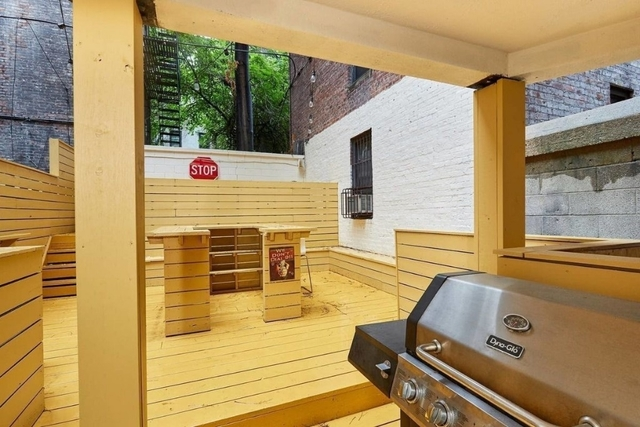 Room, Yorkville Rental in NYC for $1,500 - Photo 1
