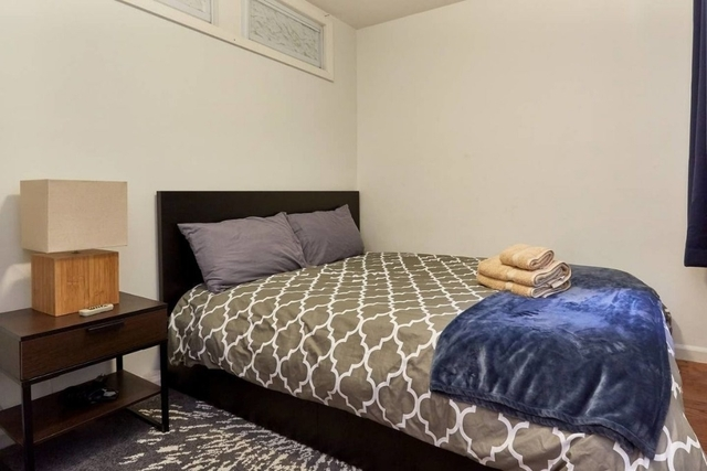 Room, Yorkville Rental in NYC for $1,500 - Photo 2