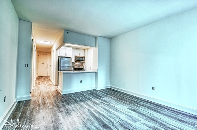 Studio, Financial District Rental in NYC for $3,345 - Photo 2