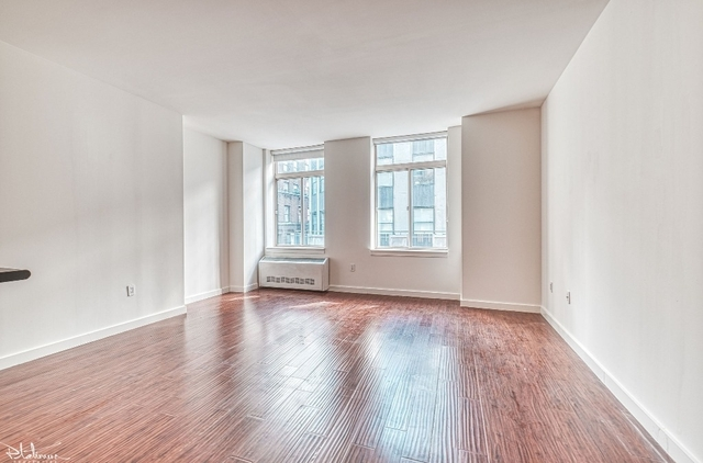 Studio, Financial District Rental in NYC for $3,375 - Photo 1
