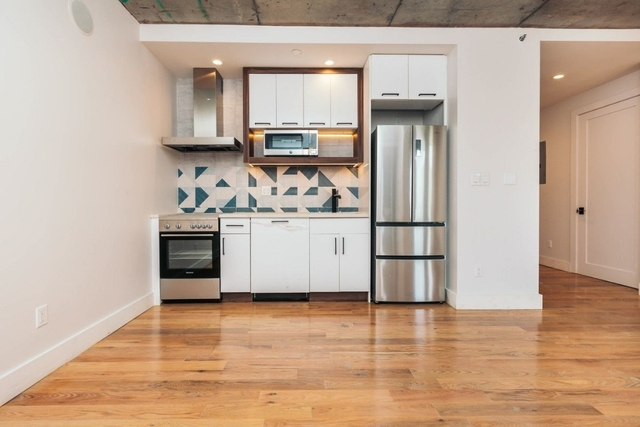 3 Bedrooms, East Williamsburg Rental in NYC for $4,791 - Photo 1