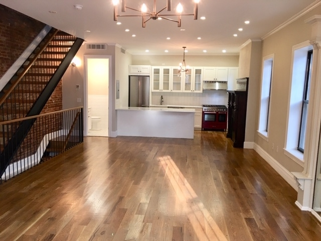 5 Bedrooms, Crown Heights Rental in NYC for $8,500 - Photo 2