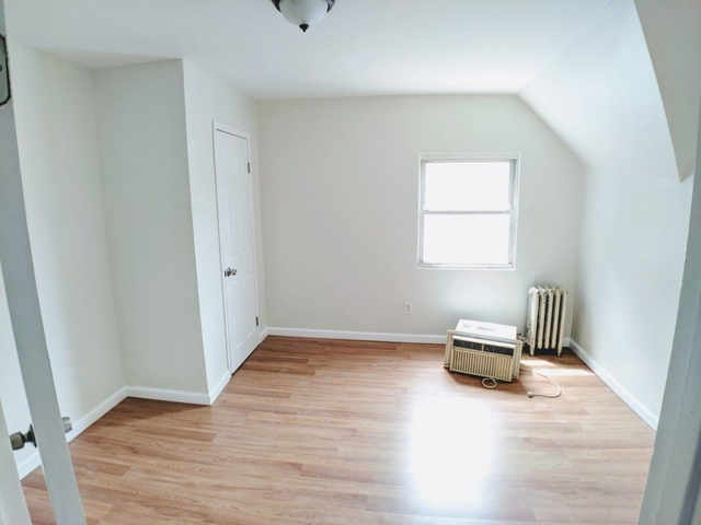 2 Bedrooms, Jamaica Rental in NYC for $1,800 - Photo 1
