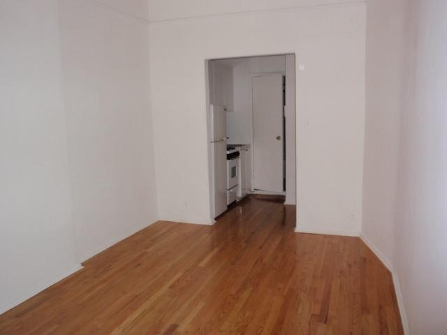Studio, Yorkville Rental in NYC for $2,017 - Photo 2