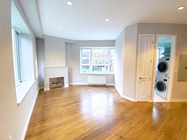 3 Bedrooms, West Village Rental in NYC for $9,575 - Photo 1