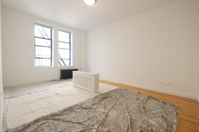 3 Bedrooms, Washington Heights Rental in NYC for $4,100 - Photo 2