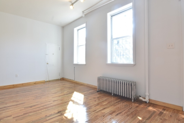 2 Bedrooms, Cobble Hill Rental in NYC for $2,350 - Photo 2