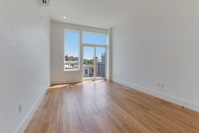 2 Bedrooms, Bedford-Stuyvesant Rental in NYC for $2,791 - Photo 2