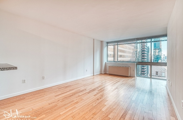 1 Bedroom, Financial District Rental in NYC for $3,539 - Photo 2