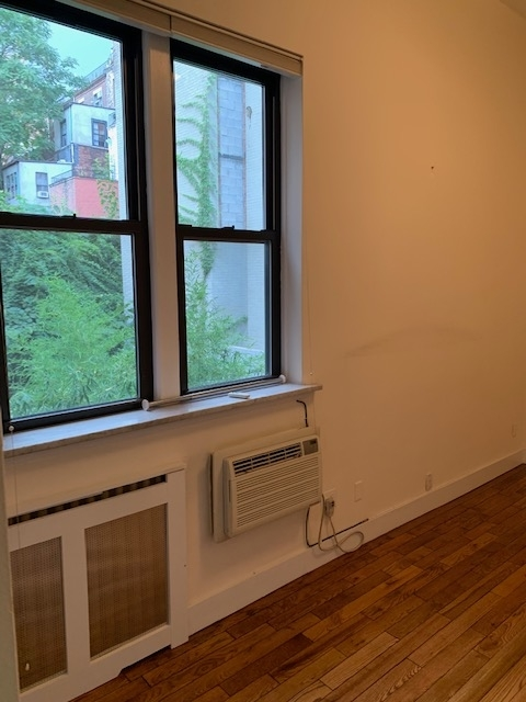 2 Bedrooms, Upper West Side Rental in NYC for $7,895 - Photo 2