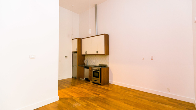 Studio, Bushwick Rental in NYC for $2,530 - Photo 2