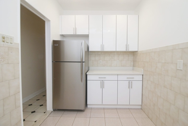 2 Bedrooms, Sunnyside Rental in NYC for $2,600 - Photo 2