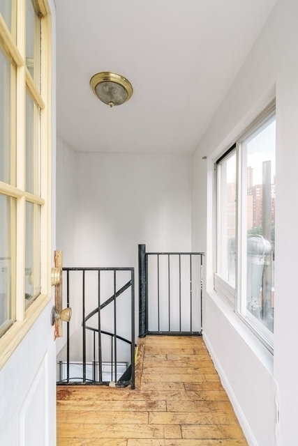 3 Bedrooms, Upper East Side Rental in NYC for $4,550 - Photo 2