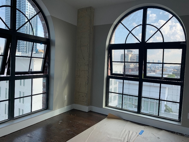 2 Bedrooms, Williamsburg Rental in NYC for $4,813 - Photo 1