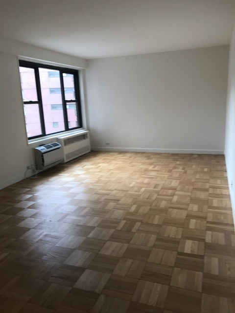 Studio, Greenwich Village Rental in NYC for $3,900 - Photo 2
