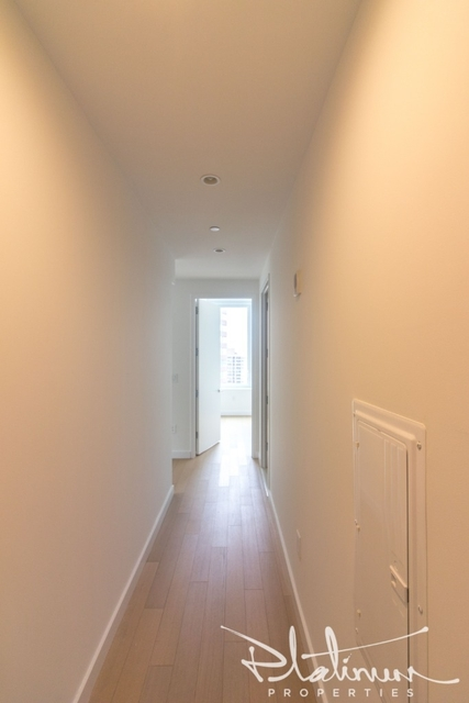 3 Bedrooms, Financial District Rental in NYC for $8,194 - Photo 1