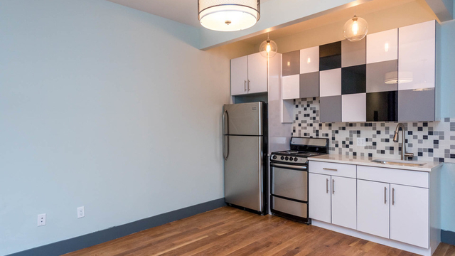 3 Bedrooms, Bushwick Rental in NYC for $3,295 - Photo 2