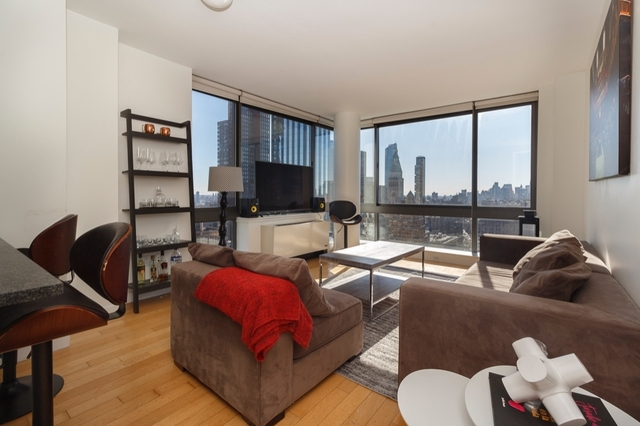 4 Bedrooms, Financial District Rental in NYC for $7,400 - Photo 1