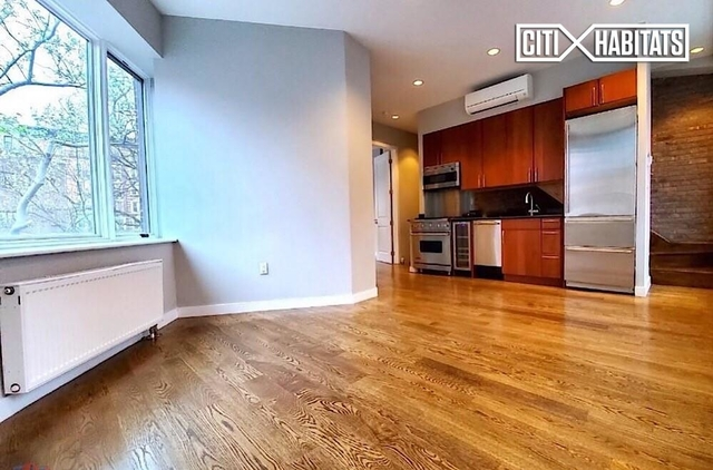 3 Bedrooms, West Village Rental in NYC for $8,495 - Photo 2